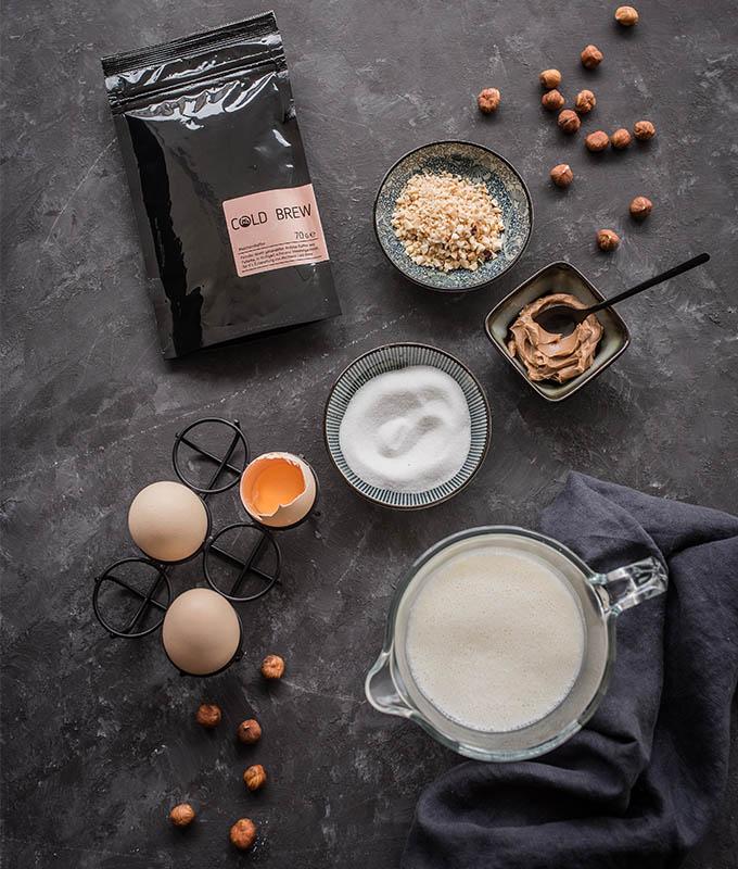 Zutaten für Cold Brew Affogato von Hochland Kaffee